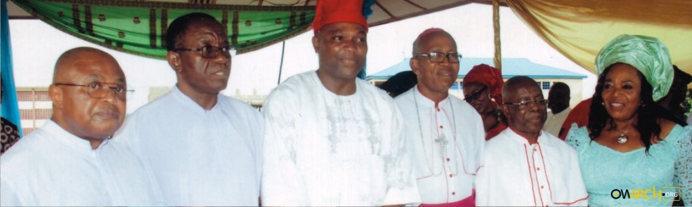 Some past Odenigbo lecturers with Prof. Chinedum Nwajiuba after the 2014 Odenigbo lecture